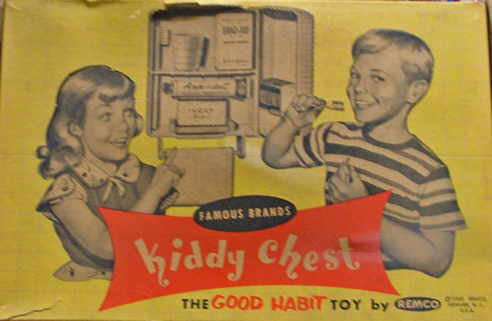 Kiddy Chest by Famous Brands at Bahoukas