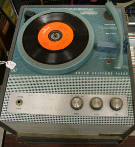 Rheem Califone 1430b 4-speed record player at Bahoukas Antiques