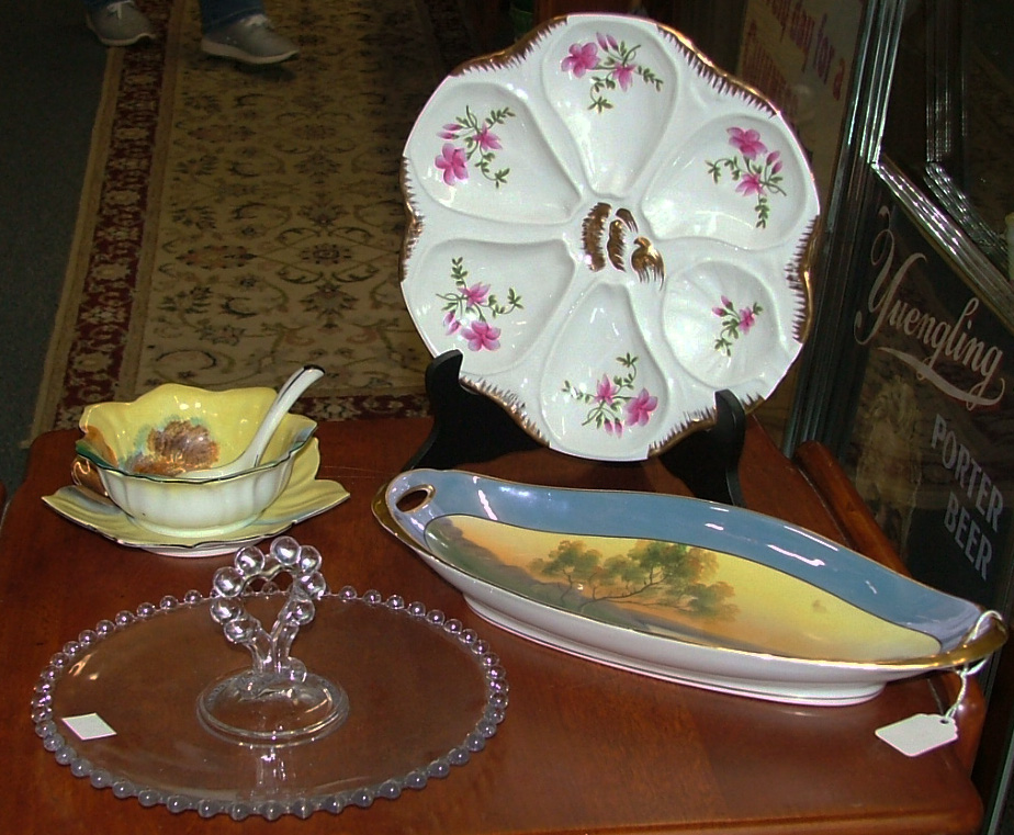 teapot, 3-tier tray, deviled egg platter all perfect for the holidays.