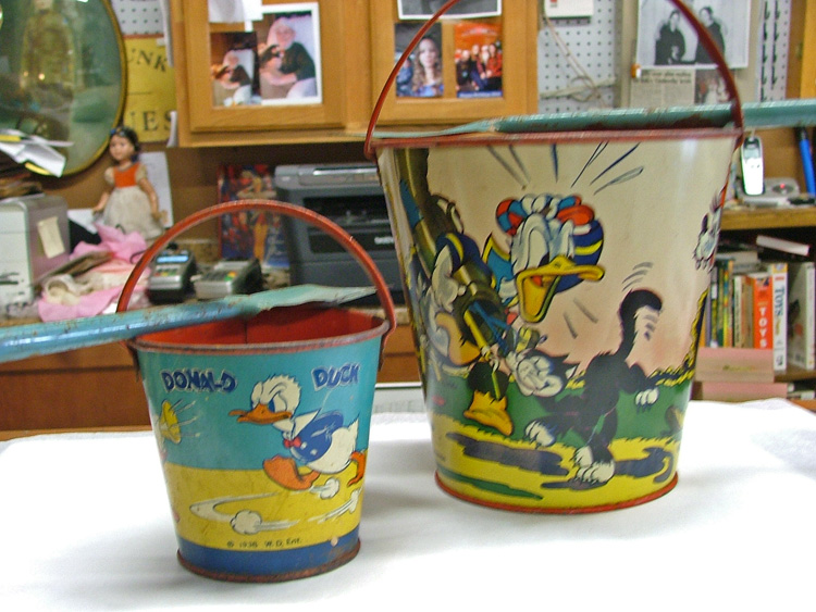 Disney Characters Metal Buckets and shovel to play in the sandbox at Bahoukas