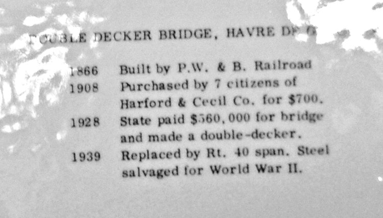 back of HdG double decker bridge commemorative plate