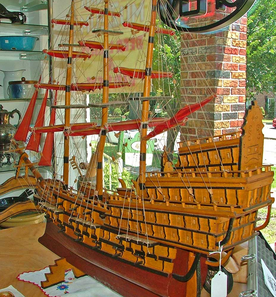 Spanish Galleon model - the castles of the sea!