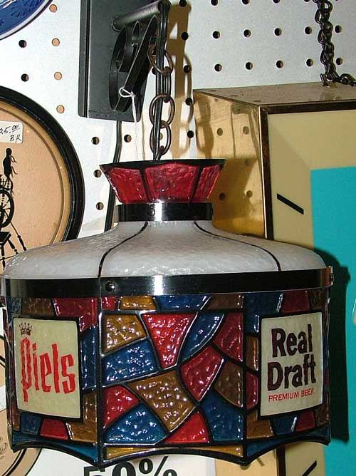 Tiffany style Piels Real Draft lamp (advertising) at Bahoukas Beer MuZeum