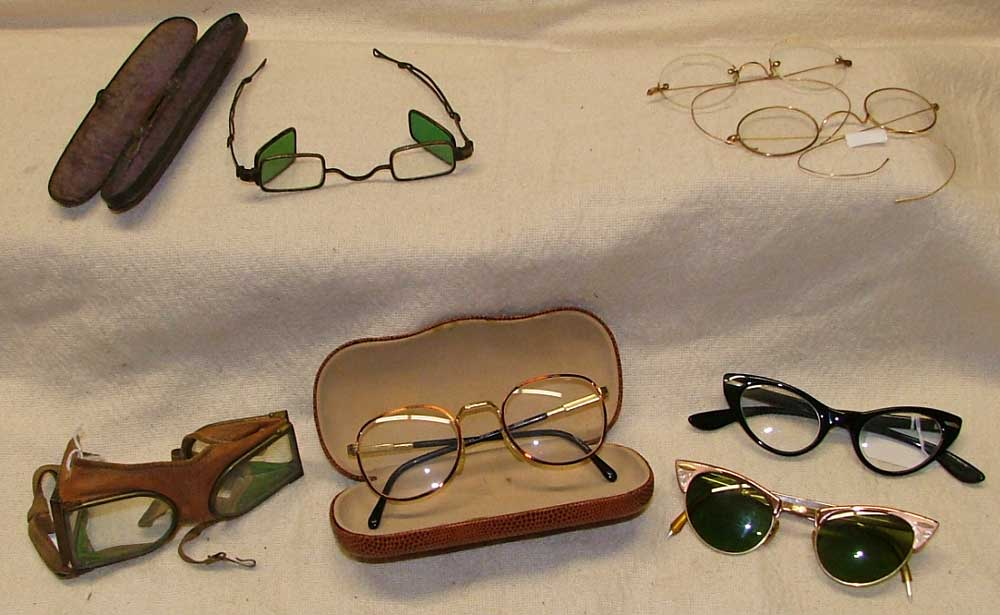 Top: Civil War Shooter's glasses, 'John Lennon' style glasses / bottom: 1940s motorcycle/aviator glasses, eye glasses with case, cat eyes glasses