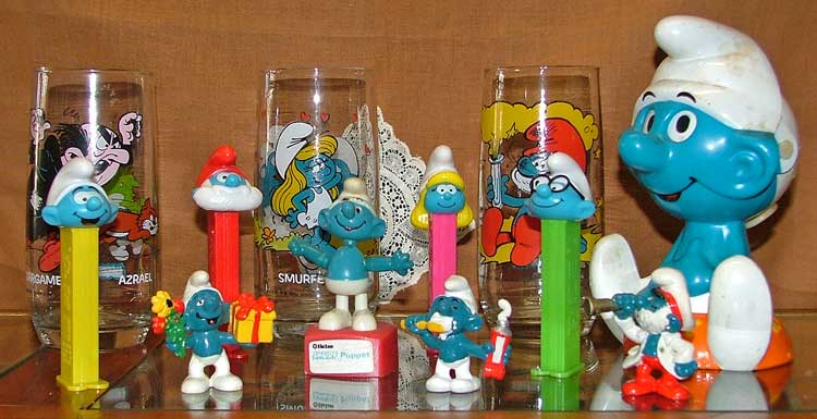 Smurfs - glasses, PEZ dispensers and more at Bahoukas in Havre de Grace
