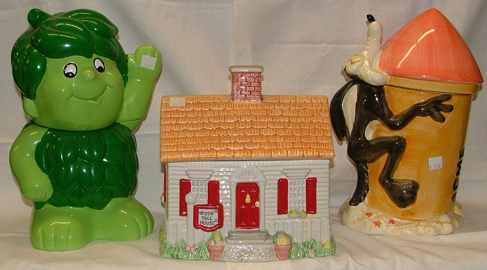 Little Sprout, Nestle's Toll House, and Wiley Coyote are just a few of the wonderful collectible cookie jars available at Bahoukas.