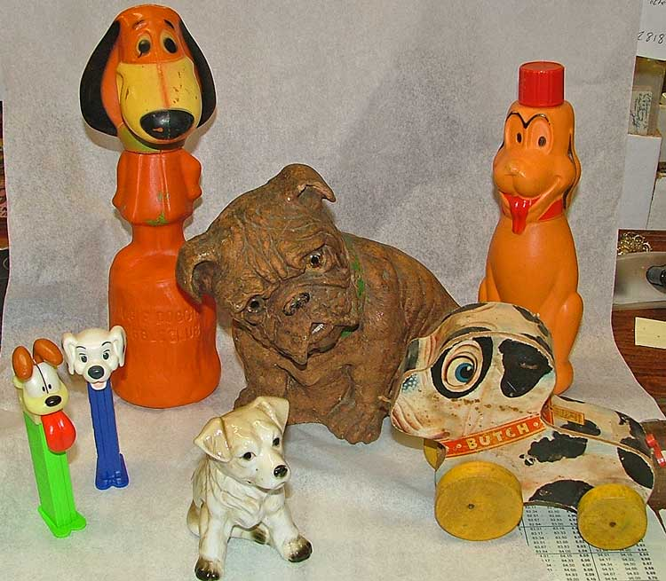 a variety of ideas to celebrate Mutt's Day - all this fun at Bahoukas Antique Mall