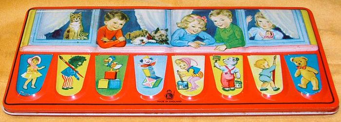 watercolor paint set - lid