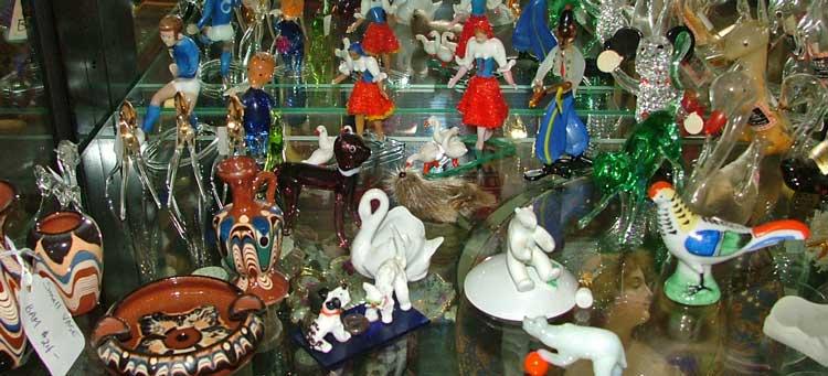 Miniatures and Czech glass