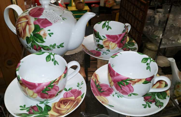floral teapot and cups - beautiful collections at Bahoukas in Havre de Grace