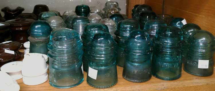 A part of the many insulators available at Bahoukas