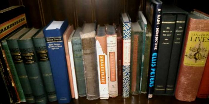 Mark Twain, Shakespeare, and more collectible books at Bahoukas