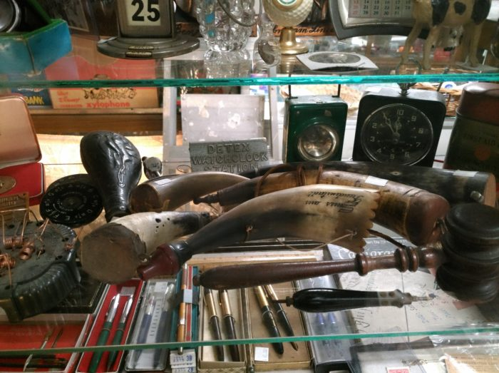 a recently acquired collection of antique powder horns can be seen at Bahoukas Antiques in Havre de Grace