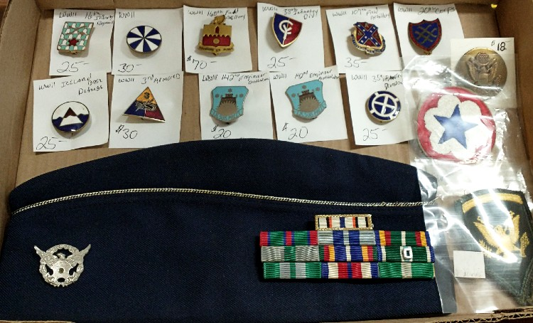 WWII Military Distinctive Unit Insignia and other military collectibles at Bahoukas