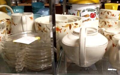 Jewel Tea Co. and Hall Dishware